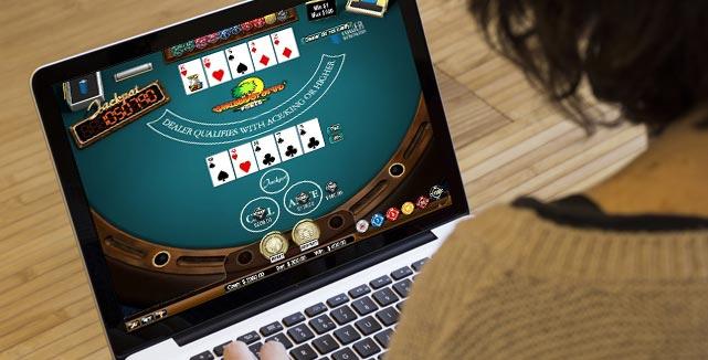 Qualities to check while choosing PKV gambling site