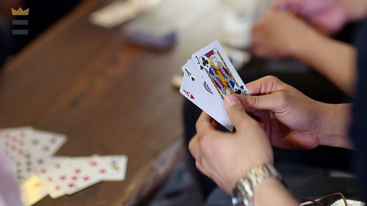 Card Games – How To Play Differently