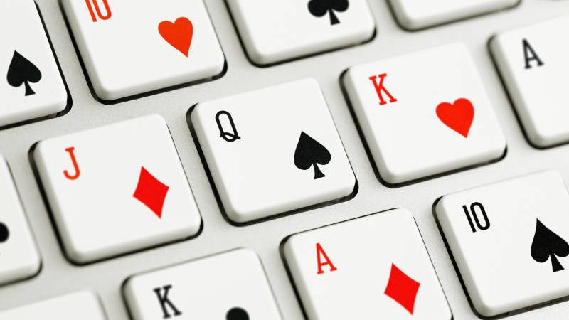 Take Advantage of The Bonuses from Various Online Casinos