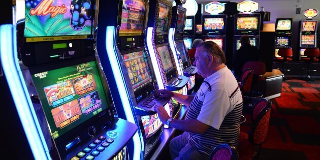 The Benefits of Playing Slots Online
