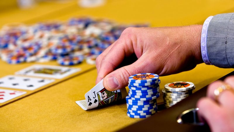 How to win at the casino:  games to try your luck